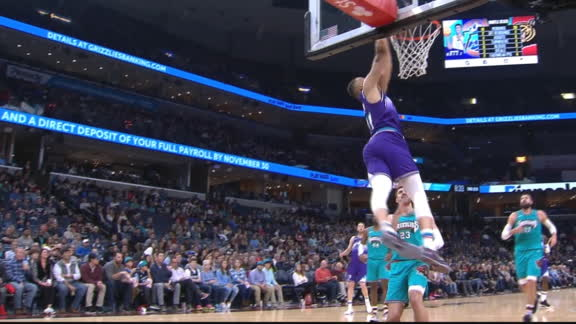 O'Neale goes up top to Exum for the slam