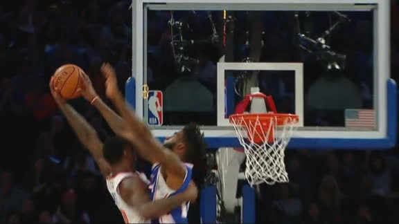 Pelle gets revenge on Randle with rejection at the rim