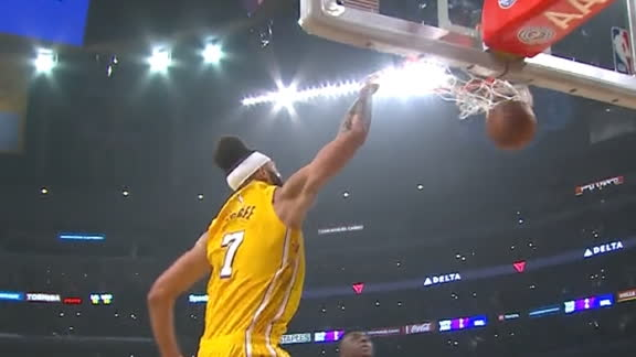 McGee throws down one-handed jam