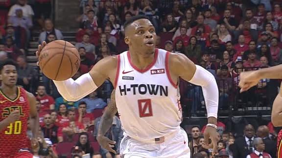 Westbrook's slick bounce pass sets up McLemore slam