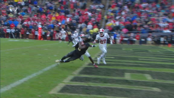 Bell saves Purdue with diving TD