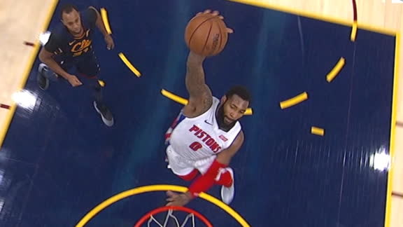 Drummond rocks the rim