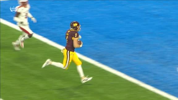 Lazzaro sells fake to perfection on 21-yard TD run