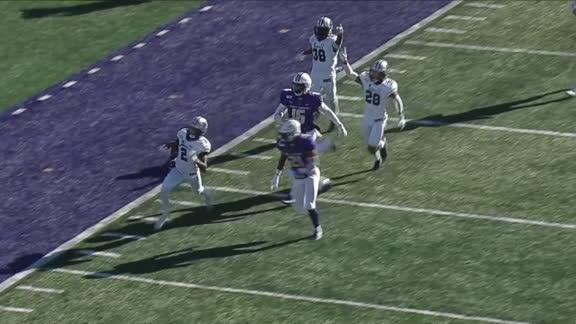 Moore redeems himself with a 93-yard kickoff-return TD