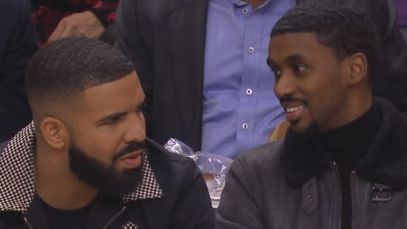 Drake watches Kawhi school Raptors on consecutive plays
