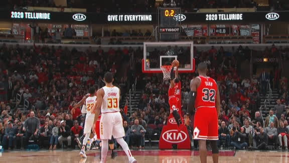 Dunn picks Trae's pocket, sets up jam to end the half