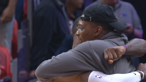LeBron and Bosh embrace before Lakers-Heat game