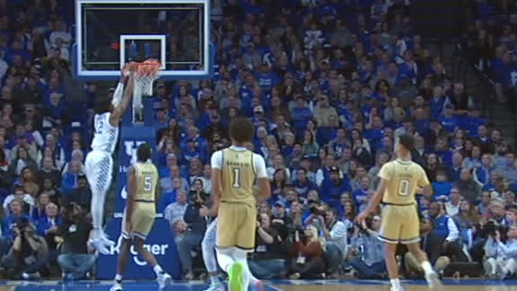 Richards' block leads to a Brooks Jr. dunk