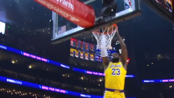 LeBron throws down two-handed slam