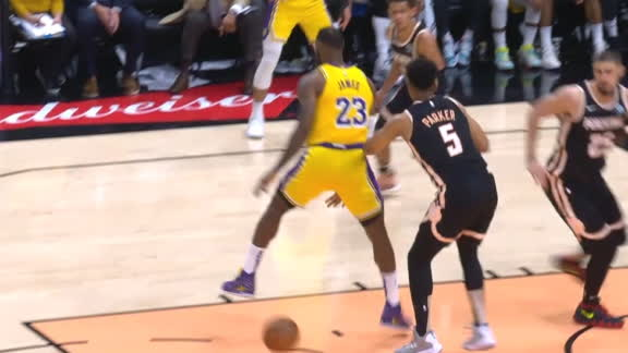 LeBron's between-the-legs pass sets up Howard slam