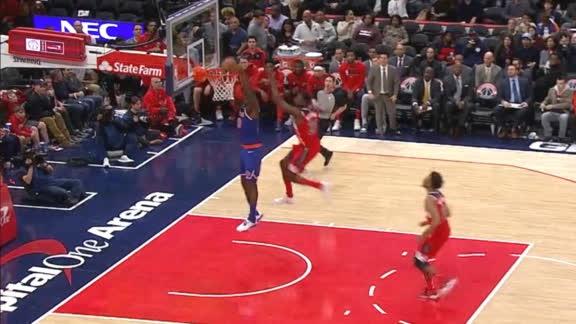 Payton launches it as Randle takes flight
