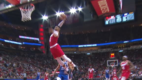 Westbrook soars in for tomahawk jam