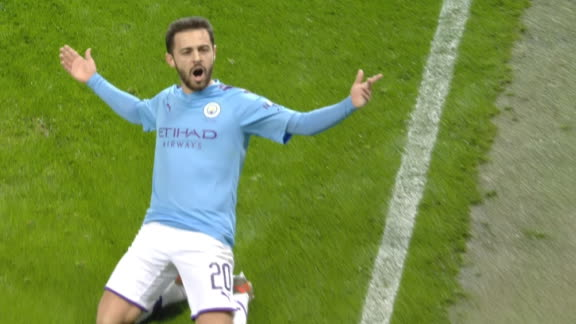 Bernardo Silva curls in Man City's opener