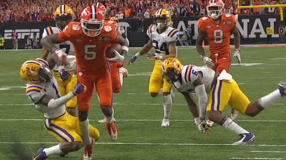 Higgins trucks defender on Clemson trick-play TD