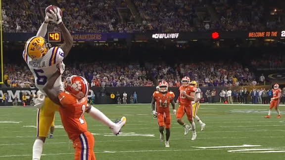 Marshall climbs ladder to haul in Burrow's fifth TD pass