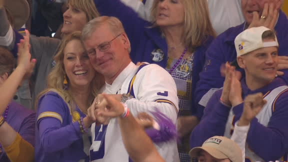 Burrow's parents elated as LSU seals CFP victory