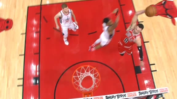 LaVine elevates for monster tomahawk slam