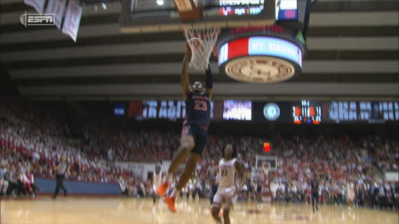 Okoro steals the ball, then dunks on other end