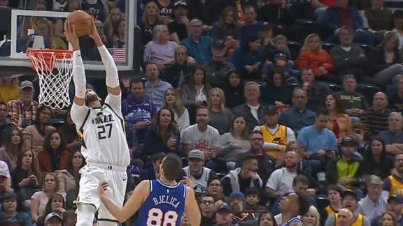 Gobert slams home reverse alley-oop