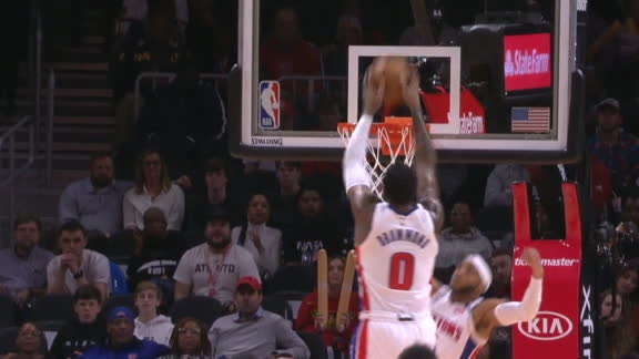D-Rose throws it off glass to Drummond for the slam