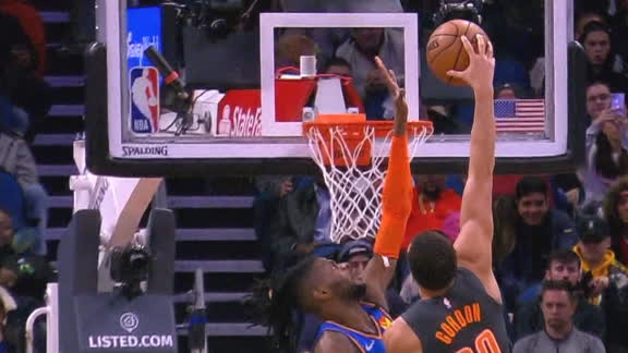 Gordon annihilates Noel at the rim with poster slam