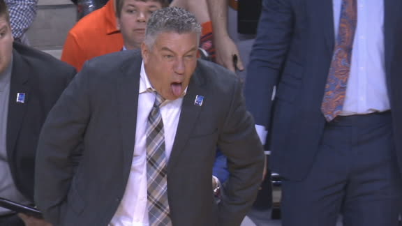 Pearl gets animated on Auburn bench
