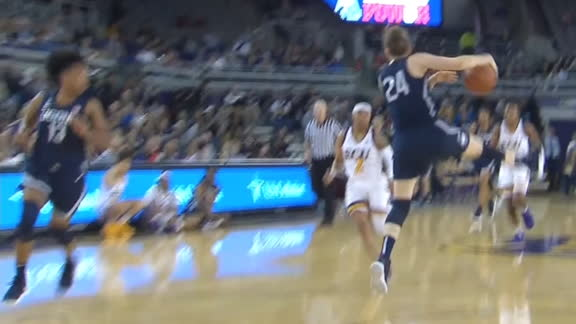 UConn's Makurat gets fancy with behind-the-back pass