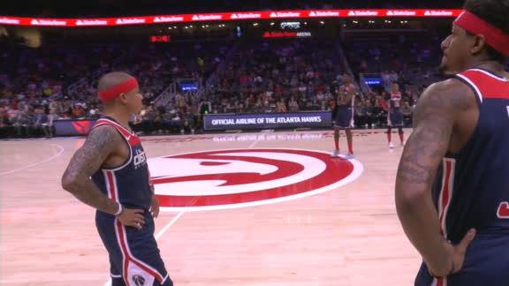 Hawks, Wizards honor Kobe with violations
