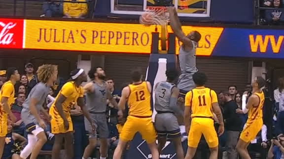 Tshiebwe gets up, powers it down for WVU