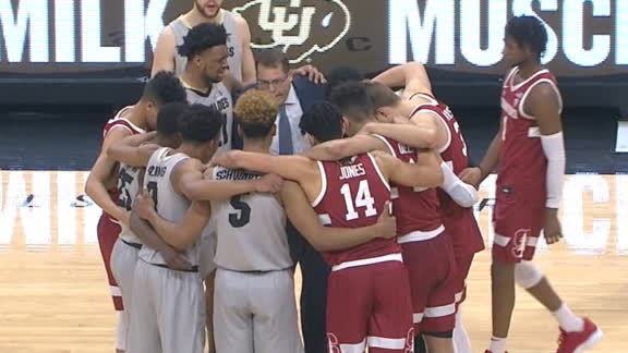 Stanford, Colorado players huddle after da Silva's scary fall