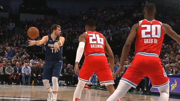 Doncic dishes no-look dime to Kleber