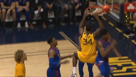 Tshiebwe hammers home the dunk