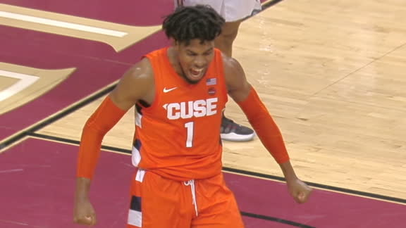 Scrappy Syracuse play leads to Guerrier's rim-rocking slam