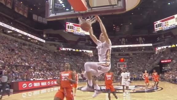 Koprivica slams down breakaway dunk