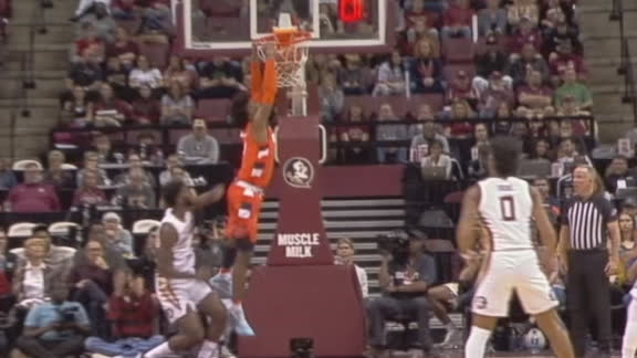 Guerrier rises for alley-oop jam