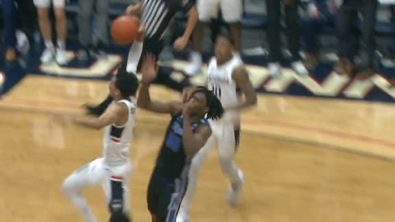 UConn's Bouknight flies in for big and-1 dunk