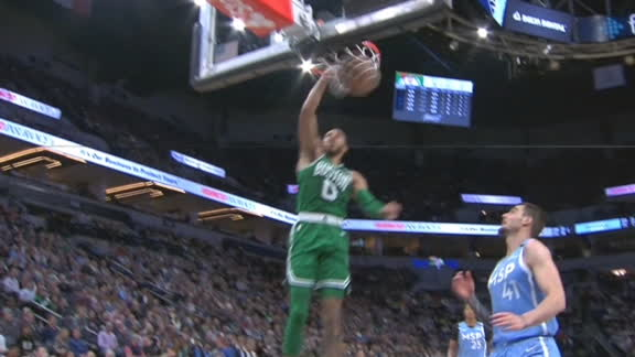 Tatum makes noise with powerful slam