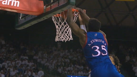 Azubuike throws down dunk over defender