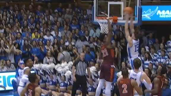 O'Connell soars for the poster slam