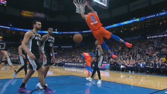 Gallinari throws down reverse slam