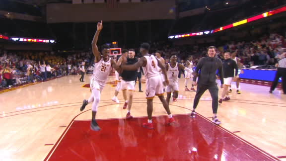 Okongwu heaves unbelievable buzzer-beater from far 3-point line