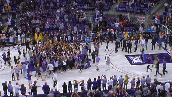 Fans storm the court as TCU upsets No. 2 Baylor
