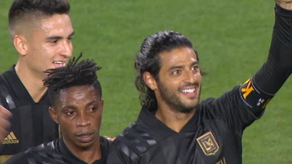 Vela's free kick brings LAFC level