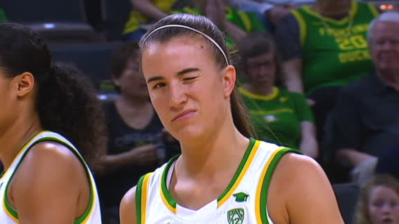 Ionescu wins the Wooden Award for 2nd straight year