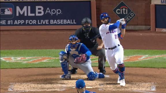 Pillar rips two-run double vs. Cubs