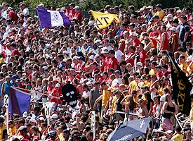 Little 500 fans