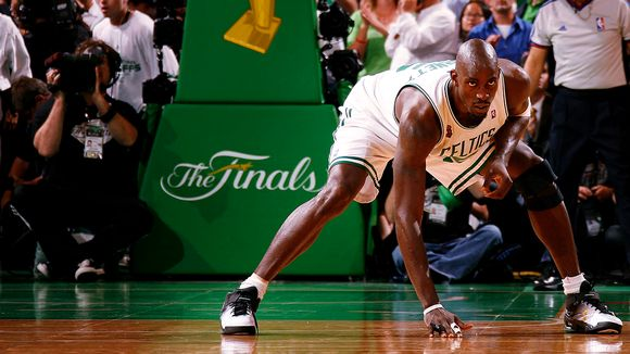 http://a.espncdn.com/photo/2008/0620/nba_g_garnett_580.jpg