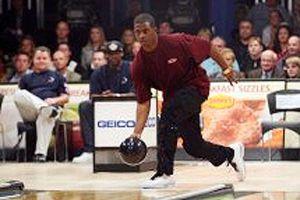 Buckheit: Chris Paul loves bowling