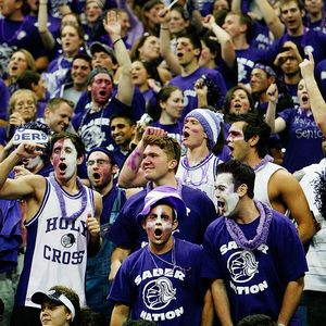 Holy Cross Crusaders' fans