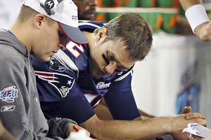 Josh McDaniels și Tom Brady